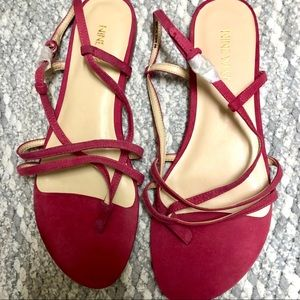 Last Chance Pink Suede Nine West Sandals NWOT 9